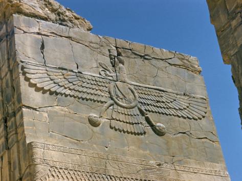 Angel en Argentina. SAN MIGUEL ARCANGEL ? - Página 5 Richard-ashworth-ahura-mazda-supreme-god-in-zoroastrianism-persepolis-unesco-world-heritage-site-iran